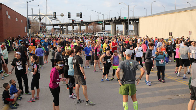 Participants await the start of the second annual Bandits Race to Home 5K presented by Palmer Chiropractic Clinics. (Sean Flynn Photography)