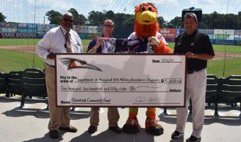 Shorebirds Present Donation to VFW