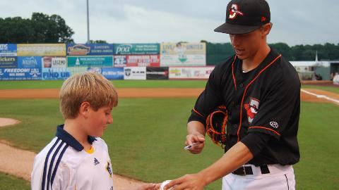 Anthony Caronia recieved the Minor League Community Service Award
